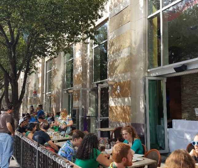 5 Outstanding Places for Patio Dining Near the Capitol